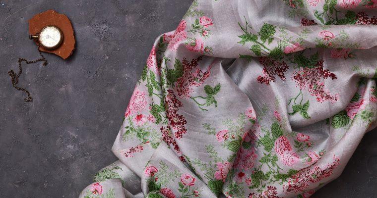 Hvordan sy i silke? 5 tips til arbeid med silkestoff