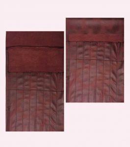 Strikkepinneetui i brunt skinn med lommer og lokk.