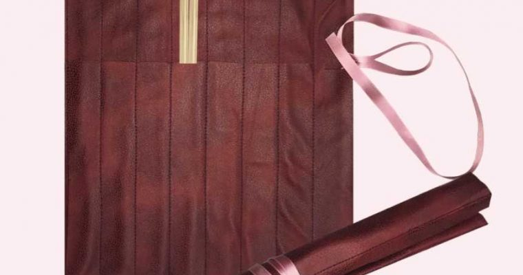 Sy strikkepinneetui i skinn – Med oppskrift og forklaring