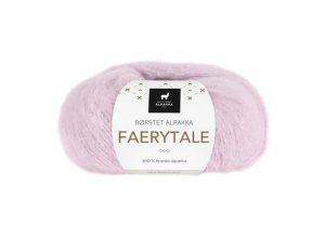 Du store alpakka Faerytale garn i fargen lys rosa. Fin til klær i ull på sommeren.
