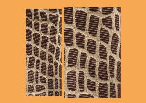 Mønstret stoff i biter til å sy toalettmappe.