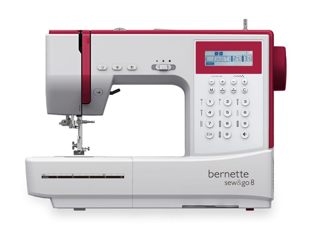 Et bilde av symaskinen bernette sew&go 8, en rimelig symaskin som syr bokstaver.