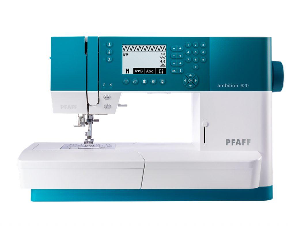 Et bilde av Pfaffs Ambition 620, vår mest populære symaskin som syr bokstaver.